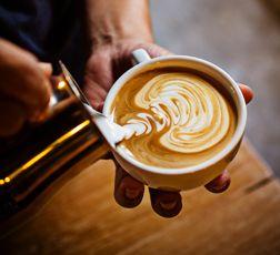 nuestro-publico-barista-cafe-1